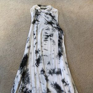 Tie dye flowy dress / urban outfitters